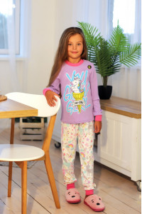 Пижама для девочек со светящимся принтом